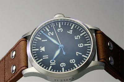 *** All pictures borrowed from Stowa Found this excellent review of the  Stowa Flieger Original : http://www.bdwf.net/forum/showthread.php?...