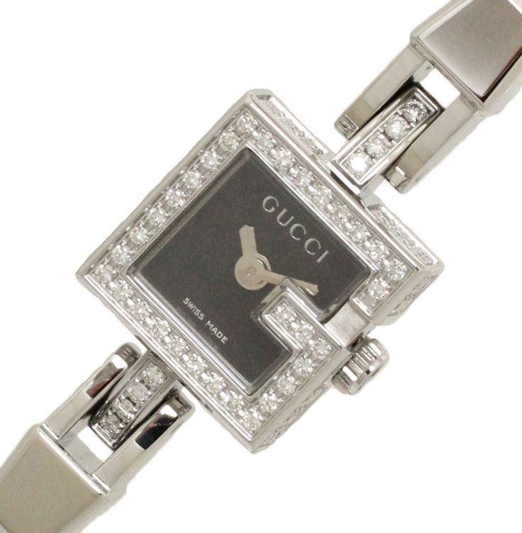【 #GUCCI #グッチ Gミニ SS ダイヤ取り巻き クオーツ レディース時計 YA102511】「G」モチーフのベゼル部分にダイヤがあしらわれ、ケースサイドとラグ部分すめてにダイヤが埋め込まれた豪華なデザインとなっています。時計としてはもちろん、ブレスレットジュエリー感覚でお使いいただけます。画像をクリックして頂きますと、詳細ページをご覧頂けます。 #セブンマルイ質店 TEL06-6314-1005
