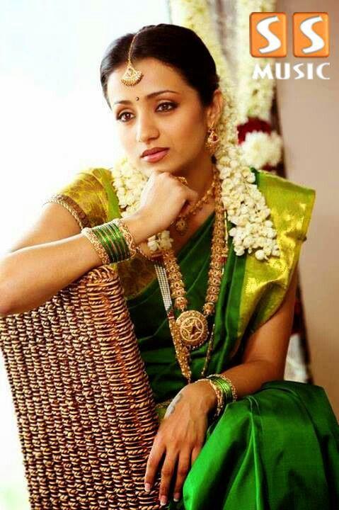 Milky white kollywood beauty in saree - TRISHA KRISHNAN-