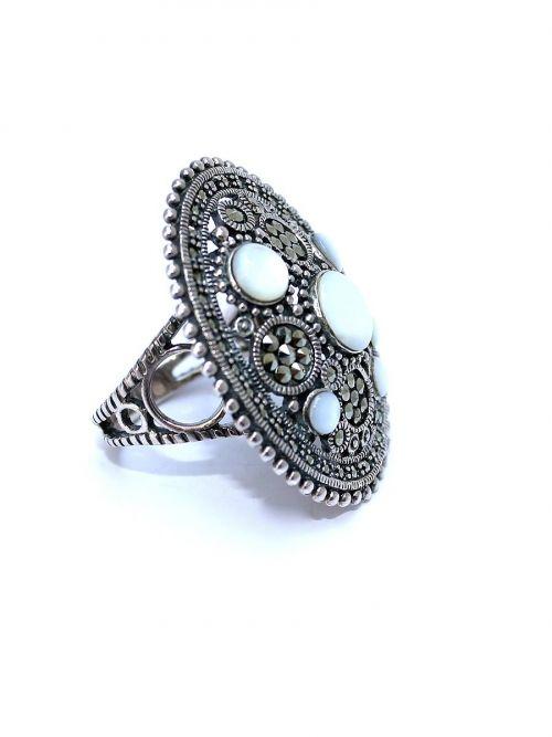 Au Natural Ring - Hematite Swarovski Crystal & Mother Of Pearl Details