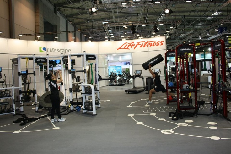 Life Fitness Synrgy 360 en FIBO 2012