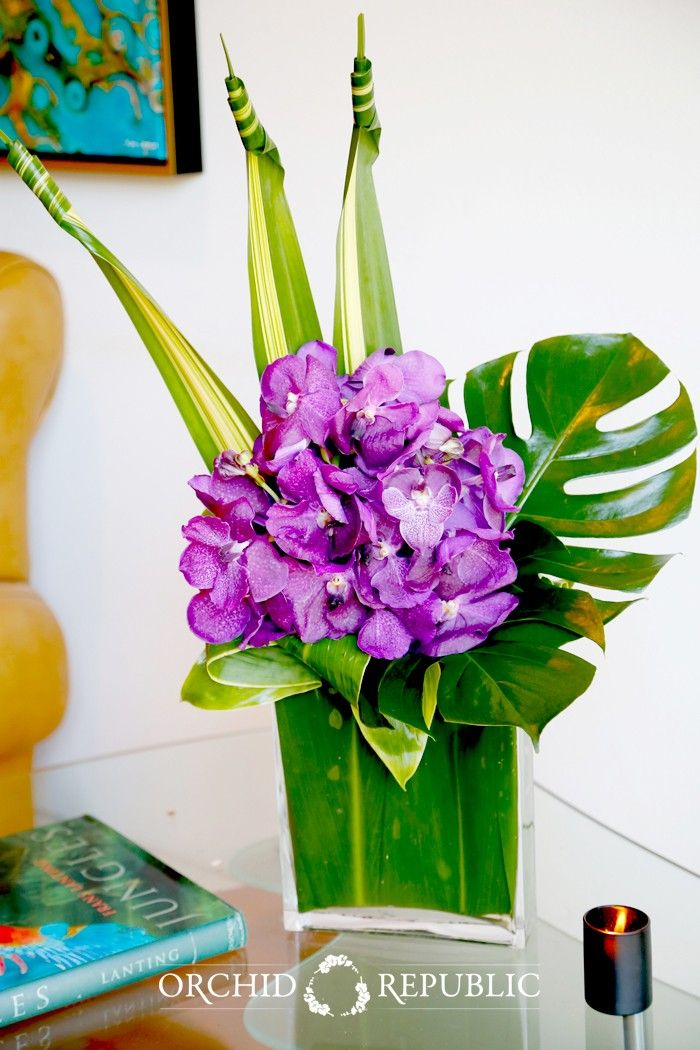 Send the Adore bouquet of flowers from Orchid Republic in Studio City, CA. Local fresh flower delivery directly from the florist and never in a box!