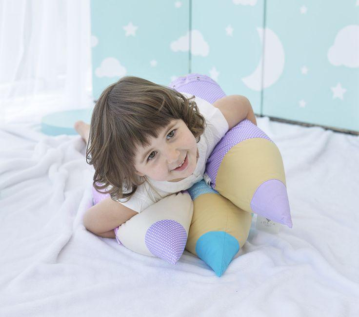 Подушка валик в форме карандаша для детского интерьера. Текстиль от Идея