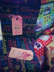 Toffe letterpress labels voor Sinterklaas. Sint en piet. Inspiratie voor de feestdagen.  Dat maken cadeautjes net helemaal af.