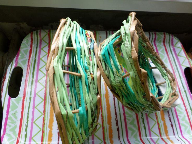 Húsvéti kosárkák papírfonással. Papírfonás Paper weaving