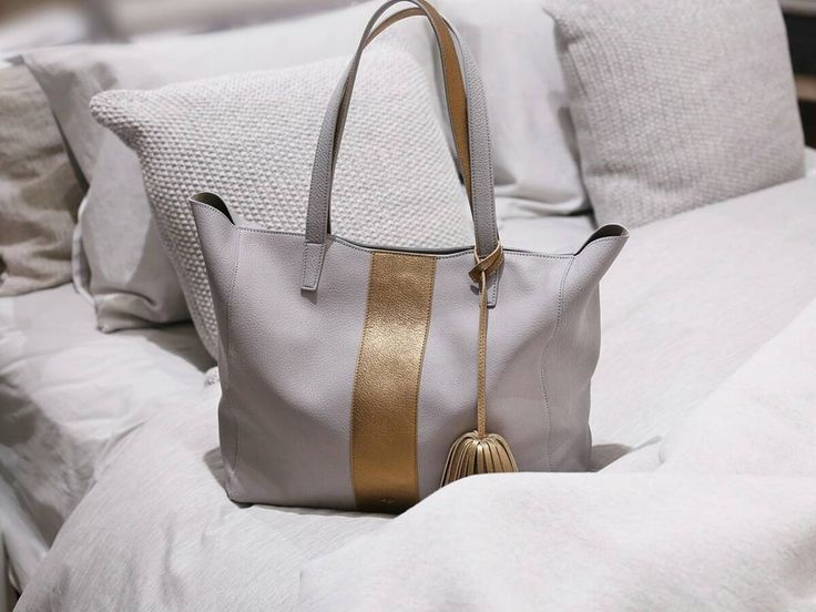 In between the sheets with our new sport version of the Scandi tote in dove grey. #springcollection #humbleluxury #elahandbags