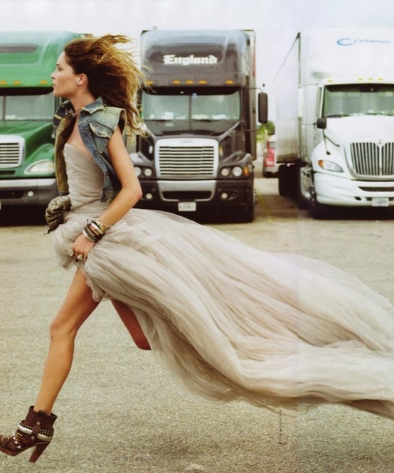 Rock glam vs Urban boho chic ~ Erin Wasson, Elle Italy - Dress is to die...
