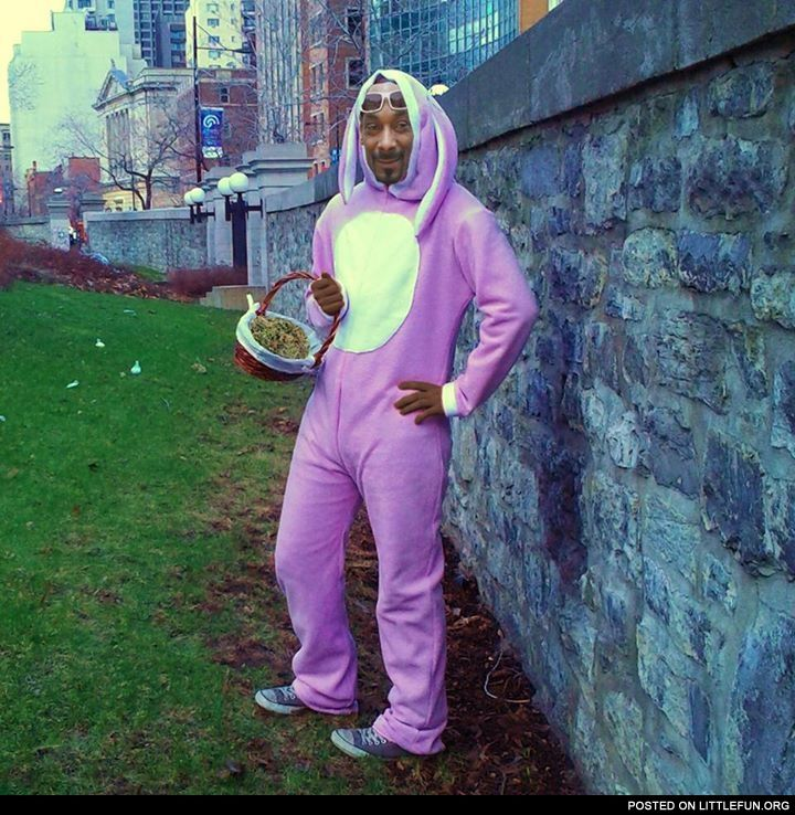Snoop dogg easter bunny funny pinterest for Snoop dogg fish hat