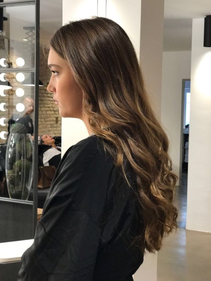 Melena con ondas #pasionbeauty #profesionalesbo #BOpeluqueria #peluqueria #hairstyle #peluqueriabarcelona #peluqueriabcn #salondepeluqueria #peinadomujer #melenaondas