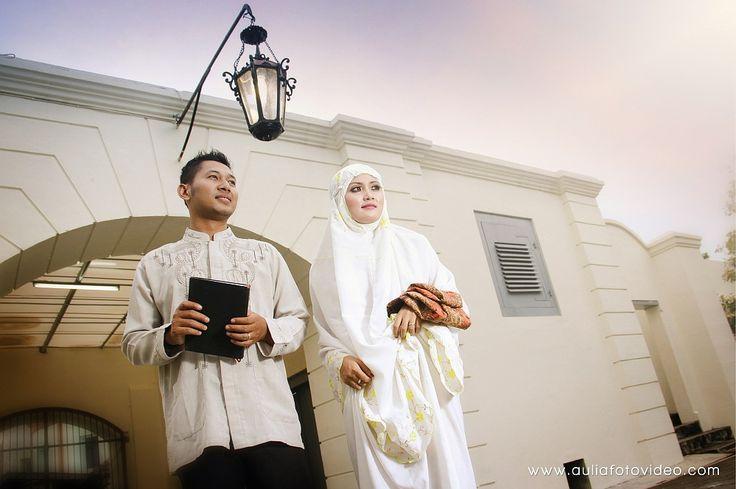 Foto pre-wedding Muslim dan Muslimah