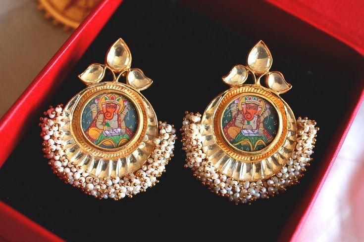 amrapali pearl earrings