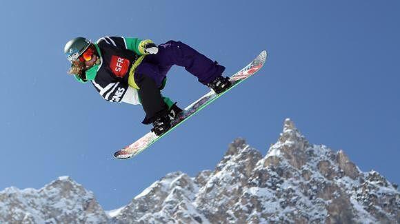 А вы прыгаете или только катаетесь? #сноуборд #сноубординг #сноубордист #сноубордисты #сноуборды #сноубордистка #сноуборде #доска #снег #зима #горы #гора #лыжи #горныелыжи #надоске #экстрим #экстримпарк #экстримшоу #экстремальныйспорт #экстремал #экстремалы #бертон #лед #скипас #эльбрус #краснаяполяна #шерегеш #snowboarding #snowboard #snowboarder #dnns #dontneednosamurai #nosamurai