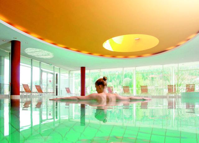 Ganzheitlicher Erholungs- und Wellnessurlaub im Kurort Bad Herrenalb – mit Panorama-Spa und exklusiver Gourmetküche