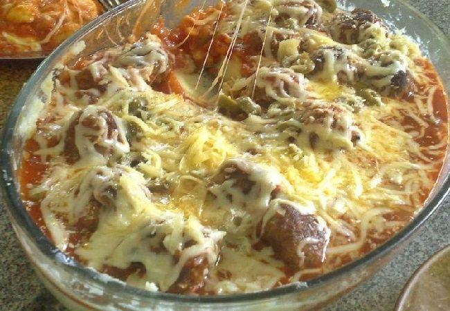 Aprenda com essa receita a como fazer Almôndegas Gratinadas Com Purê de Batatas, fácil e rápido em sua casa, todos vão adorar essa delicia