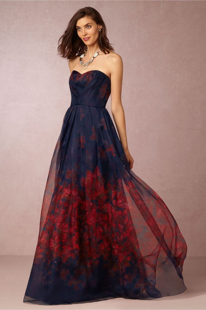 What to wear to a fall 2015 wedding dark formal gowns for Wedding guest dress for fall