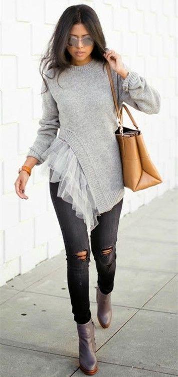 Women's Stylish Round Neck Lace Splicing Long Sleeve Asymmetrical Sweater