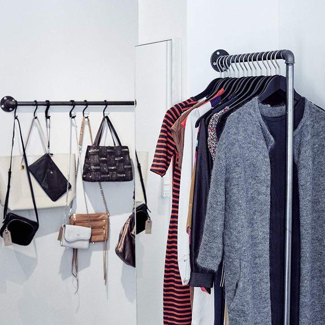 Die besten 25+ Einzelhandel kleiderständer Ideen auf Pinterest - designer kleiderstander buchenholz