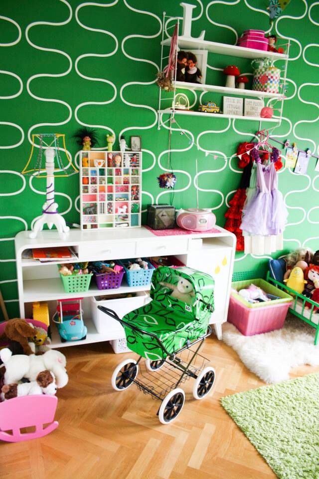 Lenas room
