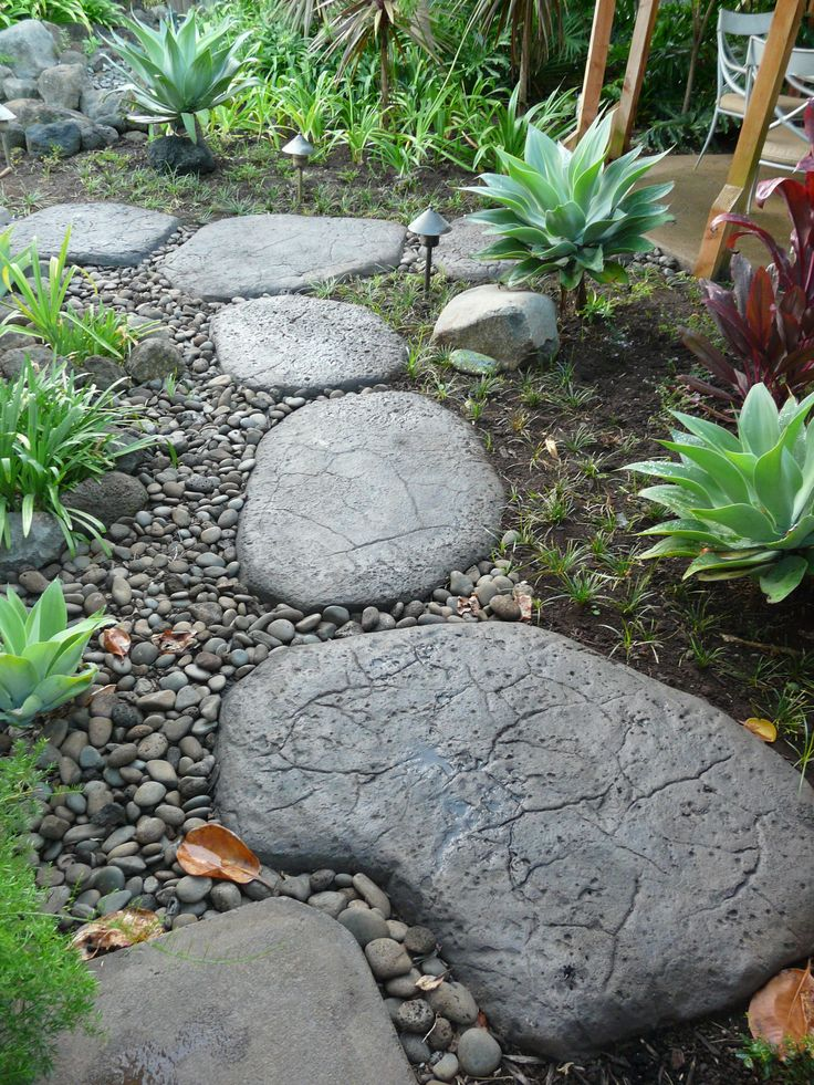 10 Landscaping Ideas For Using Stepping Stones In Your Garden: Give Your Garden Path Or Walkway Some Flair With These