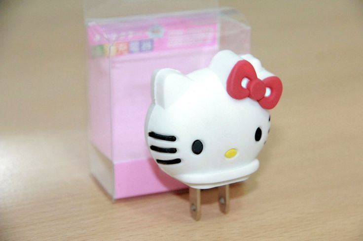 USB Charger Character Hello Kitty Rp 50.000