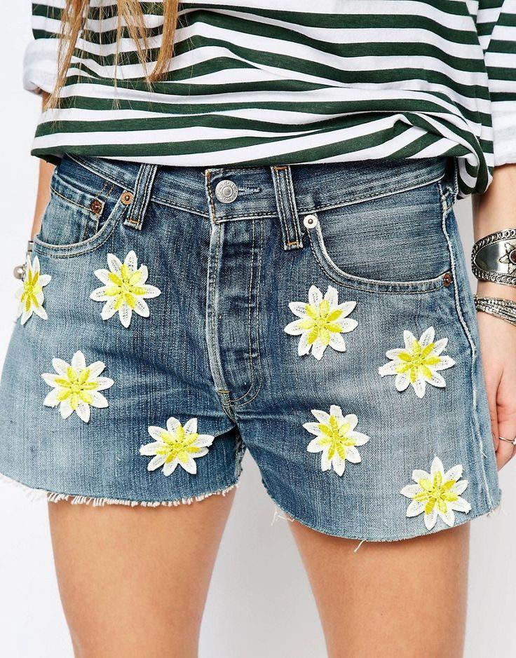 Imagen 3 de Pantalones cortos con parches con diseño de margaritas Levi de Reclaimed Vintage