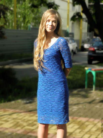 Купить или заказать Синее платье вязаное крючком  с рукавом в городском стиле в интернет-магазине на Ярмарке Мастеров. По мотивам 'Песчаные дюны - платье от Monsoon', платье из тонкого итальянского хлопка. Связано без швов, по кругу. Носить его можно круглый год. В качестве подклада отлично подошло готовое платье-сарафан от известного интернет-магазина. Точно такой пряжи нет, возможно в другом цвете. Подклад не входит в комплект.