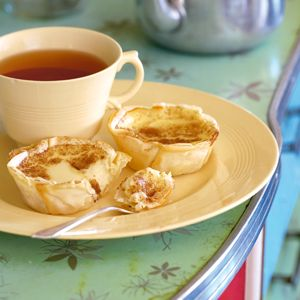 #TeaTime: Outydse melktert-Old fashioned Milk tart a favourite SA recipe from Tuis Magazine #TeaCups #Milktart