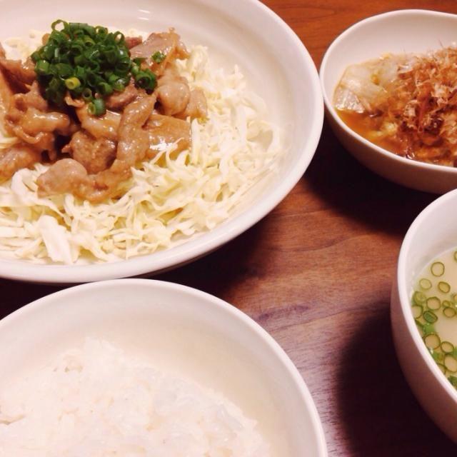 3/30  夕飯 副菜=白菜とツナの炒め物 - 9件のもぐもぐ - 豚肉ガーリックバター炒め by nyokotan
