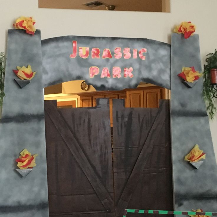 25 Best Ideas About Jurassic Park Party On Pinterest