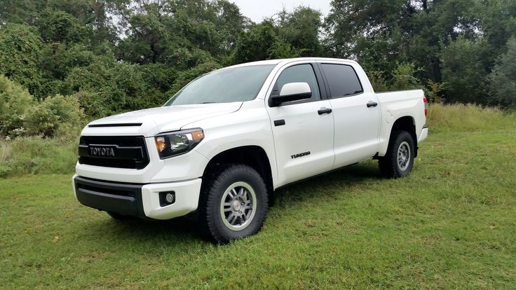Best 12 tundra images on pinterest toyota trucks 4x4 and toyota 2015 toyota tundra trd pro 4x4 crew max that competed in the 2014 texas truck rodeo freerunsca Image collections