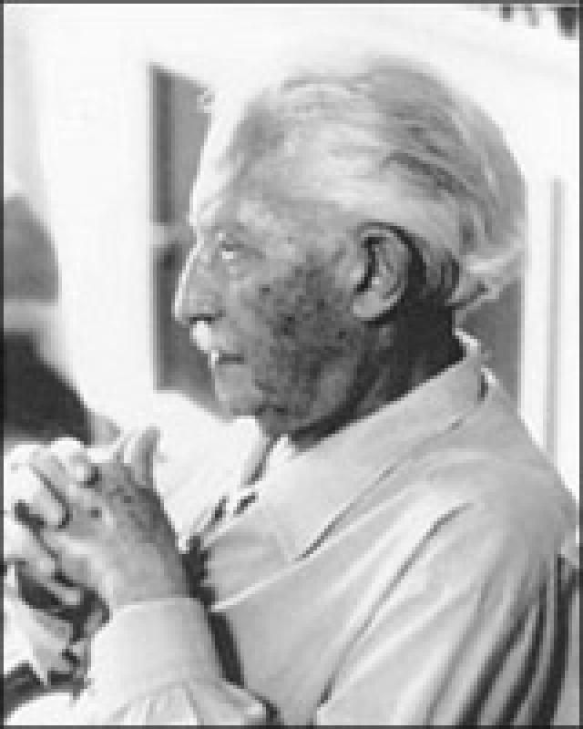 World famous psychology pioneer Erik Erikson is more than just an expert in his field, he is also a Montessori education supporter. Before developing the 8 stages of psychosocial development, Erikson attended the University of Vienna to receive his teaching certification and training in the Montessori method.