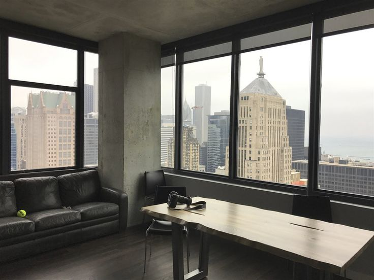 This large, gorgeous Chicago Loop High-Rise Condo features massive windows,  spectacular natural light and amazing views of the city, Willis Tower and  Lake Michigan.