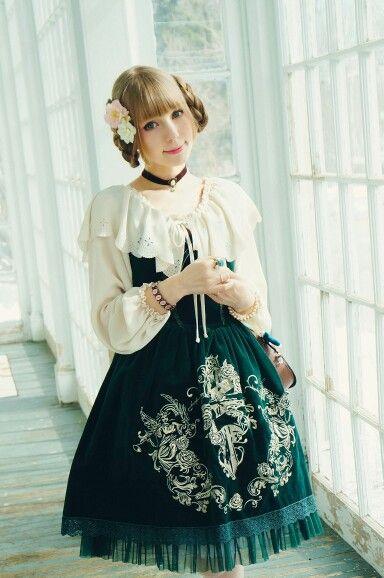 #Cute #Kawaii #Lolita #LolitaFashion #HimeLolita #LolitaMode #LolitaStyle #JapaneseMode #Girl #Dress