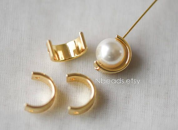 ★The pearls in main picutre is 8mm round, the half ring is outer 11mm/ inner 8.5mm ★ Size: 11mm in diameter(inner size 8.5mm), 5mm wide, / hole size 1mm approx. Quantity: 10pcs Material: real gold plated brass, lead nickel free ❤ Pins you may use ❤