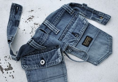 NATURKINDER: Tool belt made from an old pair of jeans