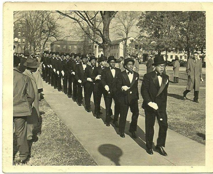 omega psi phi famous men Click to view bro ernest everett just zoologist, biologist, physiologist, research scientist: bro colonel charles young - officer and colonel in the us army later became a professor of military science at wilberforce university.