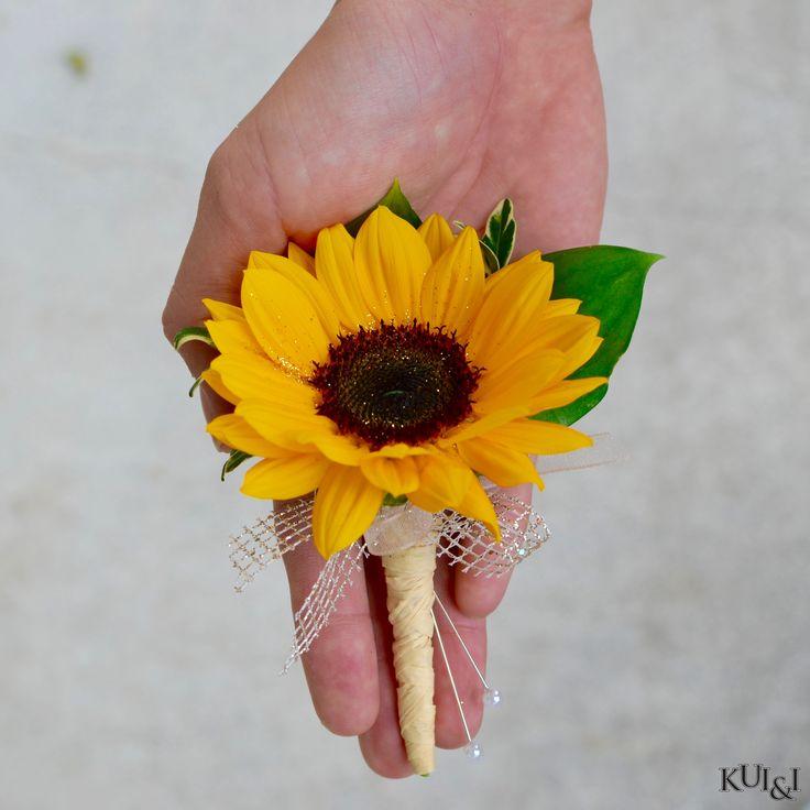 Sunflower Boutonniere   Kui & I Florist, LLC Hilo, Hawaii kuiandiflorist.com #kuiandi #boutonniere #sunflower
