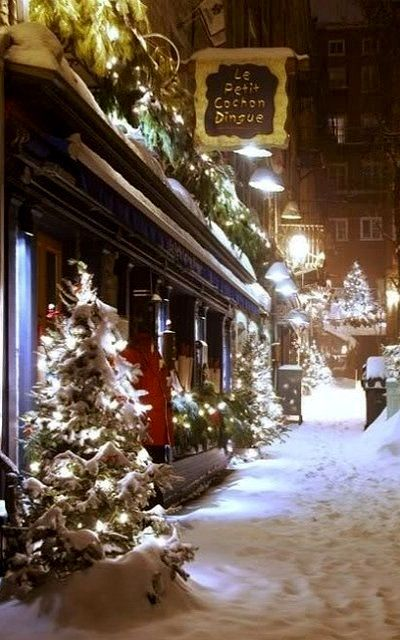 Wonderful Christmastime.. Quebec, Canada