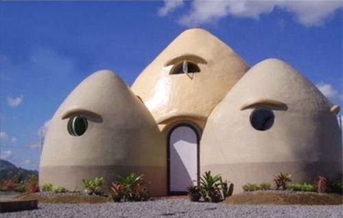 La construcción con adobe: cómo aprender a construirnos nuestra propia casa de barro | El Blog Alternativo #adobe #casas #arquitectura #construcción #casaecologica