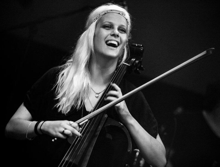 Terezie Kovalova with Peter Pan Complex live at Lucerna Music Bar in Prague
