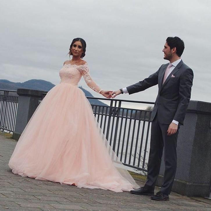 Bruidsjurk romantische prinsessen style van roze kant & tule
