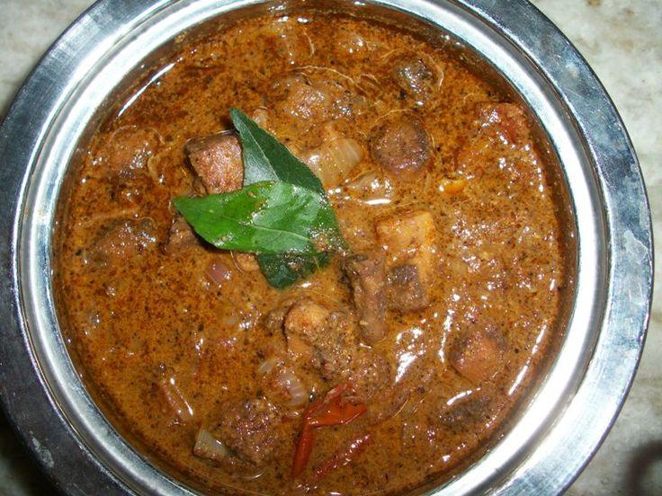YUMMY TUMMY: Varutharacha Mushroom Kulambu ( Mushroom Cooked in Roasted Coconut and Whole Spices)