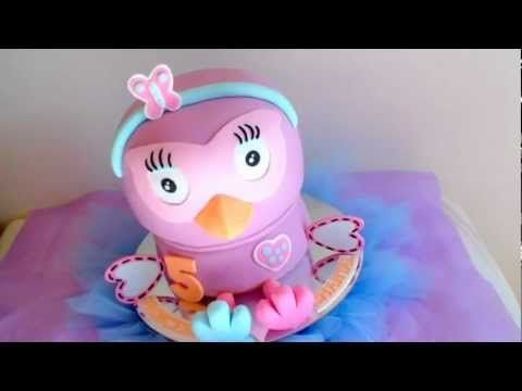 Hootabelle Owl Cake - how to smooth fondant