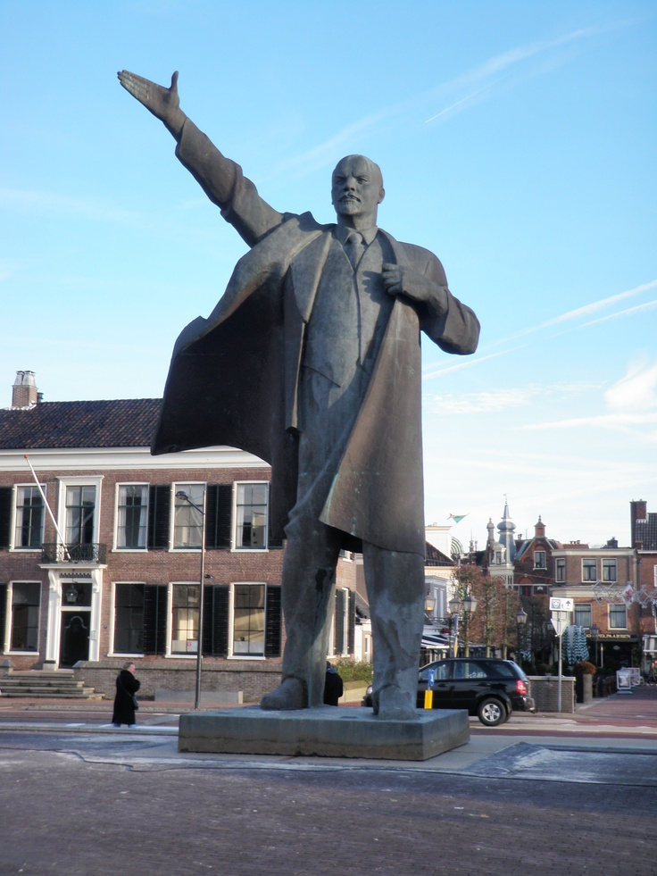 A ten-metre statue of Lenin on the Kolk in Assen, Netherlands: a publicity stunt for the exhibition 'The Soviet Myth' at the Drents Museum. Read my review of the exhibition here: http://femlitcake.wordpress.com/2012/12/31/de-sovjet-mythe-review/
