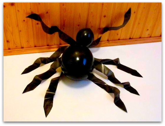Ilmapallo-hämähäkki | Juhlamielellä