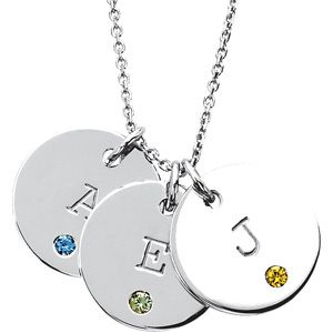 Posh Mommy® Engravable Medium Disc Pendant Mounting. To find a retailer near you, visit http://www.stuller.com/locateajeweler/ #PoshMommy #MothersDay