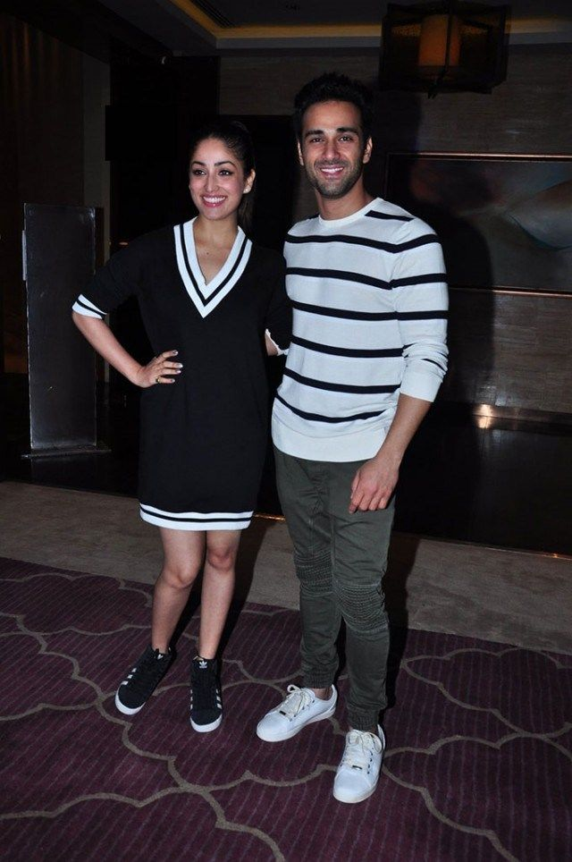 Ooh! Yami Gautam & Pulkit Samrat Party Together In Matching Outfits! - http://www.movierog.com/celebrity_gossips/ooh-yami-gautam-pulkit-samrat-party-together-in-matching-outfits/