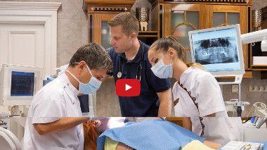 Die C&E Dental Office Group wurde 2006 zunächst als ein Team von Anästhesisten gegründet. Die C&E Dental, eine exklusive Partnerschaft zwischen Zahnärzten, Implantologen und Anästhesisten, erwartet Sie in Ungarn. Unser Ärzteteam hat sich speziell auf die Versorgung von Patienten mit Zahnarztphobien konzentriert. Wir gehen mit Angstpatienten besonders aufmerksam um. Das Hauptziel von C&E Dental Team:  read more