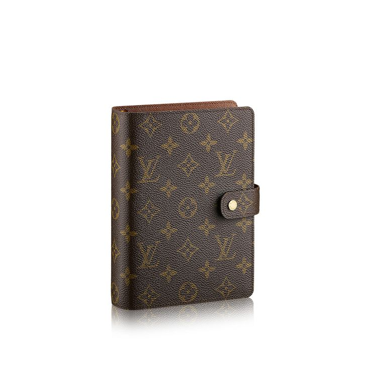 The Louis Vuitton medium agenda cover to go with the Neverfull GM! Obsessed!