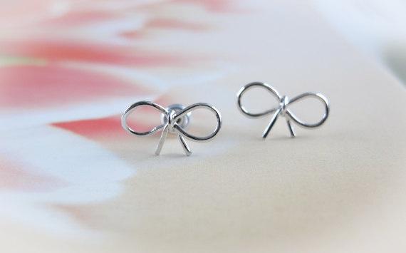 $15 on etsyPlates Silver, Silver Post, Post Earrings, Tiny Small, Bows Post, Bows Earrings, Gold Bows, Bow Earrings, Silver Bows